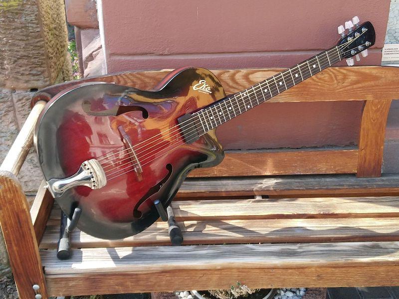 rote gitarre aufgearbeitet 2